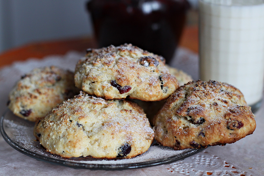 scones with cranberries and ginger